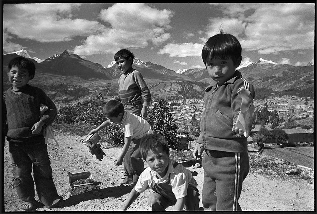 Boys playing outside Huaráz, Peru 1982